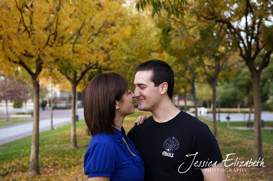 16-USC Engagement Shoot - Los Angeles Wedding Photographer_Marisa & John.jpg