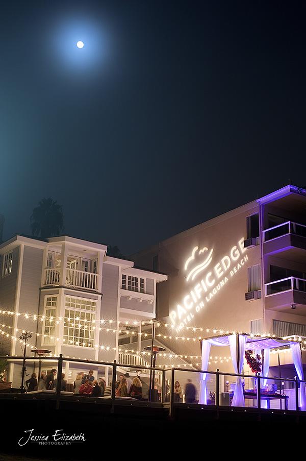 Pacifc_Edge_Wedding_Photography_Deck_Lights.jpg