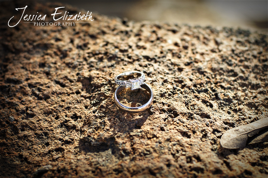 Temecula_Wedding_Photography_Rings.jpg