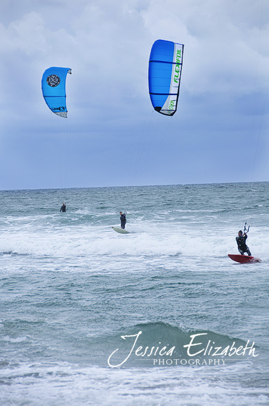 Solana_Beach_2_Kite_Surfers.jpg