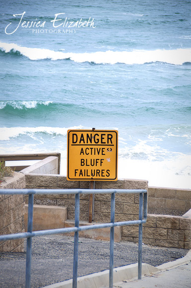 Solana_Beach_Active_Bluffs_Sign.jpg